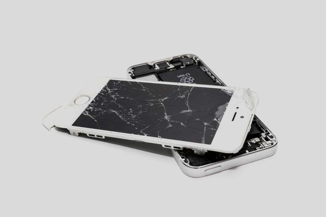 IPhone-Screen-Repair-Dubai-&-UAE-1